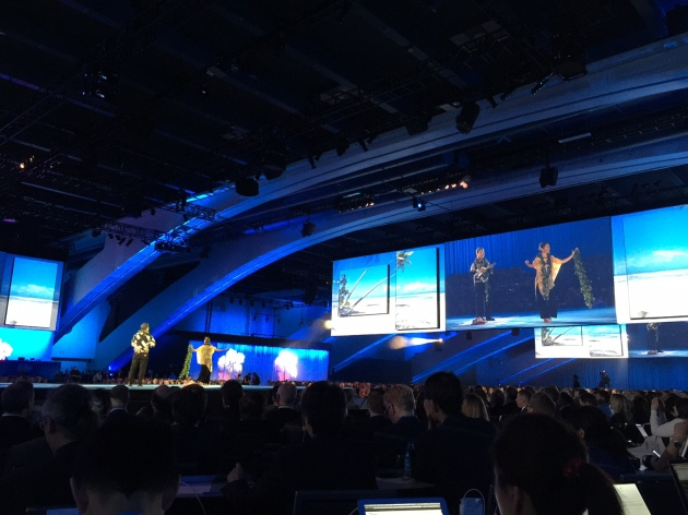 The benioff keynote at dreamforce 14 the scene before it starts the